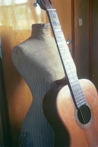Guitarra pre Mildred. RSA